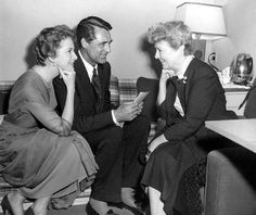 """Deborah Kerr and Cary Grant welcome visitor Janet Gaynor to the set of """"An Affair to Remember"""""""