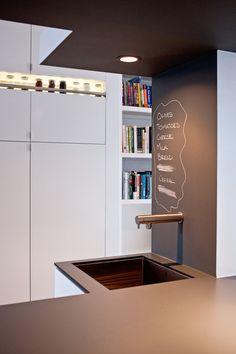 Débordement mur/tableau face à l'évier de cuisine