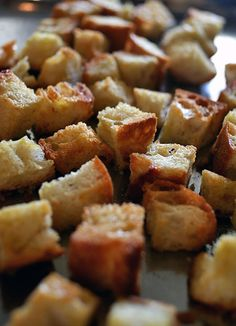 Rustic bread croutons
