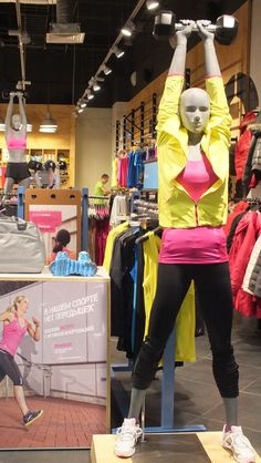 The FitHub (in Russia) is well merchandised and has a layout conducive to customer flow. You can feel the activity coming from the colors and manikins. #retail #Reebok