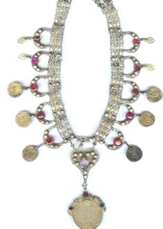gilt silver coin necklace with rubies , rose quartz and pearls. 19th c (private collection Linda Pastorino)