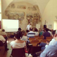 Corso di Turismo 2.0 con #NingiaMarketing: gli operatori del territorio lavorano sul web 2.0 e sul social media marketing.