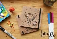 "Artículo Único Sketchbook Brooja ""Link"" Autor: Suupergirl Formato: 11x11 cm 72 hojas Papel bond ahuesado 90 gr Pasta blanda papel kraft. Pide el tuyo en: https://www.kichink.com/stores/brooja   sena #brooja #sketchbook #notebook #kraft #libreta #cuaderno #zelda #illustration #ilustración #sharpie #suupergirl"