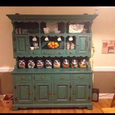 Love this kitchen hutch!