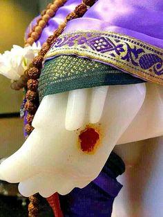 Shri Ram Wallpaper, Sai Baba Hd Wallpaper, Shree Ganesh, Ganesha, Sai Baba Miracles, Women's Day Cards, Shirdi Sai Baba Wallpapers, Shiva Tattoo Design, Shivaji Maharaj Hd Wallpaper