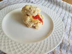 Best Drop Biscuits. Made with buttermilk or WHEY if you make homemade yogurt in your Instant Pot. So tender and flavorful. Cooking Tips, Cooking Recipes, Drop Biscuits, Homemade Yogurt, Meals For One, Healthy Life, Muffin, Ice Cream, Favorite Recipes