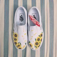 These custom Vans, inspired by Italian sunflower fields, are hand-painted and made-to-order. Each pair of canvas shoes takes about four full days of preparing, painting, and finishing. When purchasing, please add in the Note to Seller section... 1. Gender/Shoe size - I only use Vans