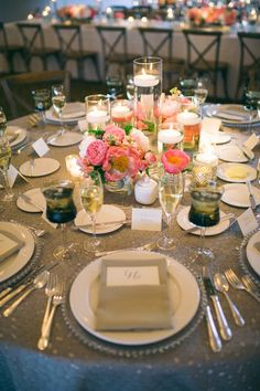 Silver beaded glass charger plate with smoke water goblet atop a grey pebble linen. Kate Krueger Photography. A Day in May Events. Modern Day Floral. Special Events Rental.