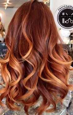 12 Gorgeous Caramel Hair Color Ideas You Need to Try Faszinierende Karamell-Haarfarbe Ginger Hair Color, Hair Color Caramel, Ombre Hair Color, Hair Color Balayage, Cool Hair Color, Caramel Ombre, Blonde Balayage, Auburn Balayage, Hair Color With Red