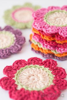 Crocheting flowers...