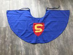 In de rapte een superhelden cape gemaakt voor de Chiro