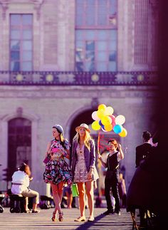GOSSIP GIRL IN PARIS