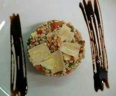 tortino di farro,  con mela verde, grana, noci e riduzione di aceto balsamico