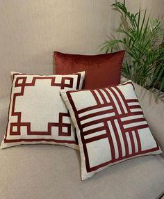 Azul Tiffany, Decorative Throw Pillows, Bed Pillows, Pillow Cases, Elegant, Posts, Blue Throw Pillows, Accent Pillows, Craft Ideas