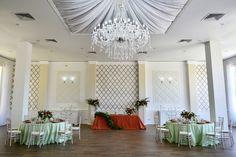 Только у нас вы создадите необыкновенную атмосферу свадебного торжества: одновременно романтическую и элегантно-богемную. Ненавязчивый интерьер банкетного зала подойдет под реализацию любой свадебной концепции.  Тел. +375 29 618 80 80 Татьяна, +375 29 618 70 70 Любовь