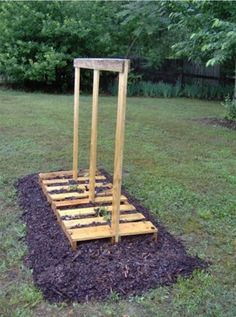 Five Wood Pallet & Re Purposing Ideas For The Garden » The Homestead Survival