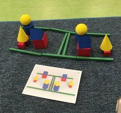 Seguimos jugando con los cuerpos geométricos y en este caso es a través de la TOPOLOGÍA . El juego nos llegó al cole hace un par de mes...