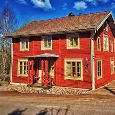 mehr schweden geht nicht rotes haus see wald boot bernachten in schweden. Black Bedroom Furniture Sets. Home Design Ideas