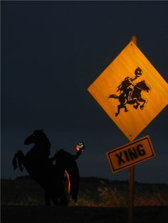 headless horseman and sign