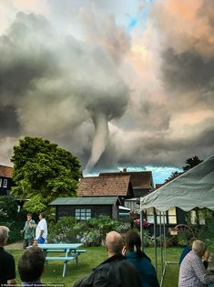 Stunned drinkers outside Suffolk village pub witness a wild tornado circling their heads | Daily Mail Online