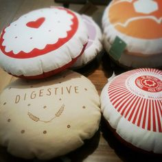 biscuit cushions!