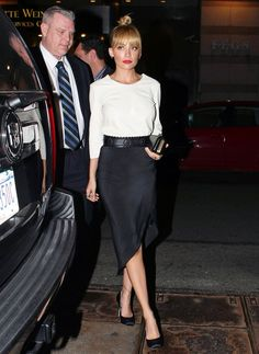 Nicole Richie wearing House of Harlow Olivia Clutch and House of Harlow 1960…