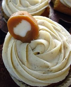 Dulce de Leche Filled Banana Cupcakes with Browned Butter Cream Cheese Frosting
