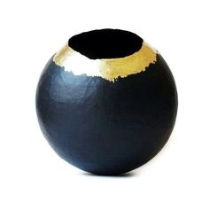 Paper Mache Vase Paper Vessel Black and Gold Paper Bowl Papier Mache... ($40) ❤ liked on Polyvore featuring home, home decor, black home decor, gold home accessories, gold bowl, onyx bowl and paper bowl