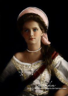 Grand Duchess Maria Nikolaevna Romanova of Russia (1899-1918). 3rd Child of Tsar Nicholas II (Nikolay Alexandrovich Romanov) (1868-1918) Russia  & Alix (Victoria Alix Helena Louise Beatrice) (Alexandra Feodorovna) (1872-1918) Hesse.