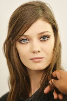 GUCCI'S RETRO-CHIC GAZE Makeup Inspiration From The Fall '14 Runway | Cynthia Reccord