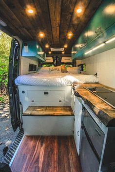 Van Conversion Interior, Camper Van Conversion Diy, Van Interior, Van Conversion Cabinets, Bus Life, Camper Life, Europa Tour, Diy Van Conversions, Kombi Home