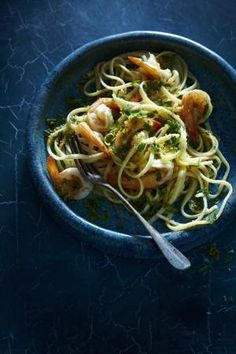 Linguine with prawns and lemon gremolata crumb - scroll down page for recipe by shauna