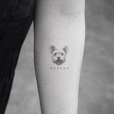 Tattoos of dogs, little tattoos, animal tattoos, mini tattoos, small ta Small Dog Tattoos, Little Tattoos, Mini Tattoos, Body Art Tattoos, Sleeve Tattoos, Tattoos Skull, Tatoo Dog, Cat Tattoo, Get A Tattoo