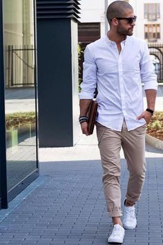 trousers pants – My WordPress Website Modern Fashion Outfits, Mens Fashion Suits, Men's Fashion, Blazer With Jeans, Jeans And Sneakers, Beige Pants Outfit, Outfits Hombre, Mode Masculine, Wedding Men