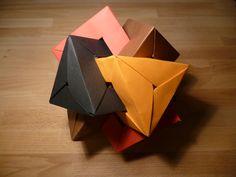 4 Interlocking Triangular Prisms