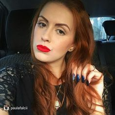 @paulafalcii Make up @luanagonck  unhas @mariarita.rocha.10 #EspaçoDellasBeautyBar #espacodellasbar #unhasdegel #unhas#instarepost20