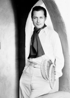 Robert Montgomery c. 1932 photographed by George Hurrell. http://pickurselfup.tumblr.com/post/17846889012/robert-montgomery-c-1932-photographed-by-george