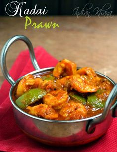 Kadai Prawn (Jhinga) or Prawn Capsicum curry is easy prawn curry with capsicum and spices. Fried Fish Recipes, Spicy Recipes, Curry Recipes, Seafood Recipes, Asian Recipes, Cooking Recipes, Pizza Recipes, Dinner Recipes, Gourmet