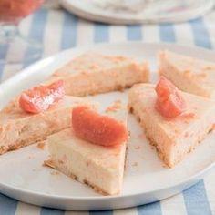 Yskastert is so tuis in Suid-Afrikaanse huise soos biltong en koeksisters. Tart Recipes, Cheesecake Recipes, Baking Recipes, Guava Recipes, Greek Recipes, No Bake Desserts, Dessert Recipes, Guava Desserts, Dessert Tarts