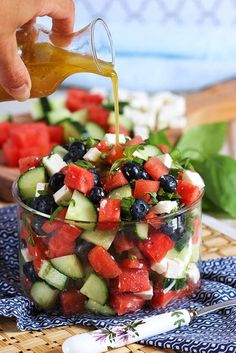 Ready in less than 10 minutes, this refreshing and easy Watermelon Blueberry Feta Salad with Cucumber is like summer in a bowl. Leap friendly except feta! Can use goat cheese instead. Refreshing and simple, Watermelon Blueberry Feta Salad with Cucumbers i Vegetarian Recipes, Cooking Recipes, Healthy Recipes, Simple Recipes, Kitchen Recipes, Vegetarian Dish, Vegan Kitchen, Grilling Recipes, Crockpot Recipes