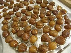 SUCRISSIME: Marrons glacés maison (meilleurs que tous les autres) Nut Recipes, Fall Recipes, Sweet Recipes, Easy Cooking, Cooking Time, Ice Cream Candy, Xmas Food, Sweet Sauce, Thanksgiving Recipes