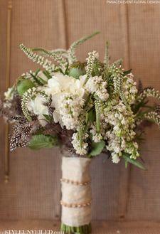 simple natural bouquet