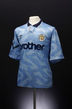 f3090403bd7 Manchester City Football Shirt (home