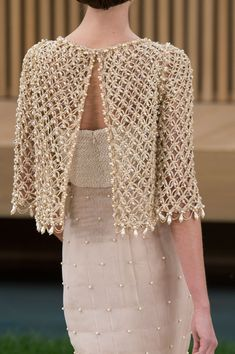 Chanel Couture Fashion Show Details Chanel Couture, Style Haute Couture, Couture Fashion, Runway Fashion, Womens Fashion, Spring Couture, Fashion Fashion, Couture Details, Fashion Weeks