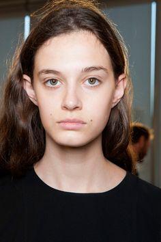 Paris Fashion Week Natural Wavy Hairstyles 2015
