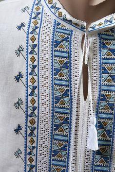 Сорочки та теніски - Галерея українського одягу Embroidery Patterns, Hand Embroidery, Necklace Set, Stencils, Cross Stitch, Blanket, Clothes For Women, Sewing, Crochet