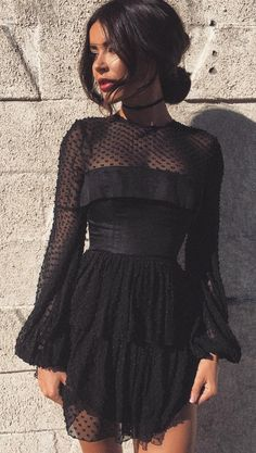 62 Easy Outfits For When You Hate Everything You Own Find and save ideas about outfit trends on Women Outfits. Simple Outfits, Simple Dresses, Classy Outfits, Chic Outfits, Pretty Dresses, Trendy Outfits, Beautiful Dresses, Dress Outfits, Short Dresses