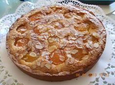 Deze taart is heerlijk met verse abrikozen maar kan ook heel goed met abrikozen uit pot of blik gebakken worden. (Deze keer heb ik abrikozen uit pot gebruikt...
