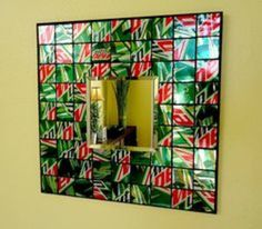 Recycled Soda Can Mosaic Tile Mirror - it would soooo have to be Pespi for my home :) Pop Can Crafts, Easy Diy Crafts, Diy Wall Art, Diy Art, Recycled Crafts, Recycled Clothing, Recycled Fashion, Recycle Cans, Reuse