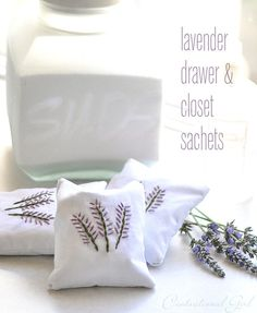 lavender drawer and closet sachets - I joust love the calming smell of lavender. I just bought 8 oz of lavender and I had planned to make sachets. Well, here are some good instructions.